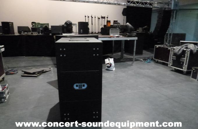 "Line Array Speaker / 2x18"" Horn Loaded 4ohm 1200W Subwoofer For Concert , Disco And Club"