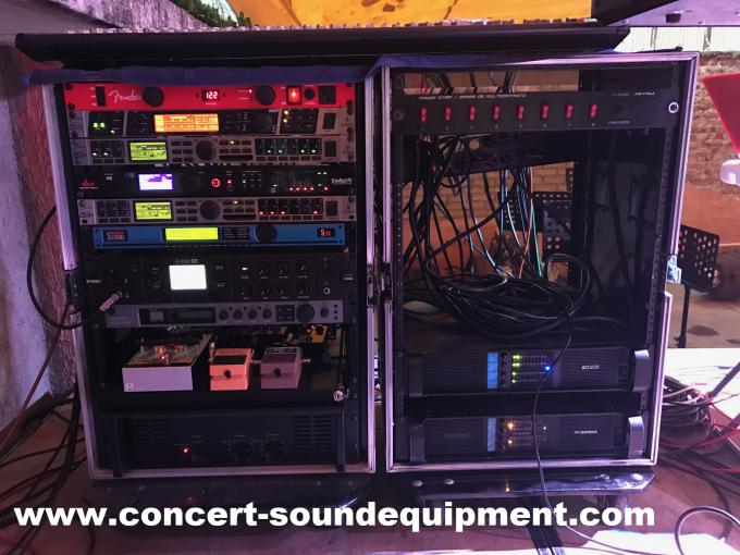 Disco Sound Equipment / FP 10000Q Switch Mode 4 Channel 4x1300W Amplifier