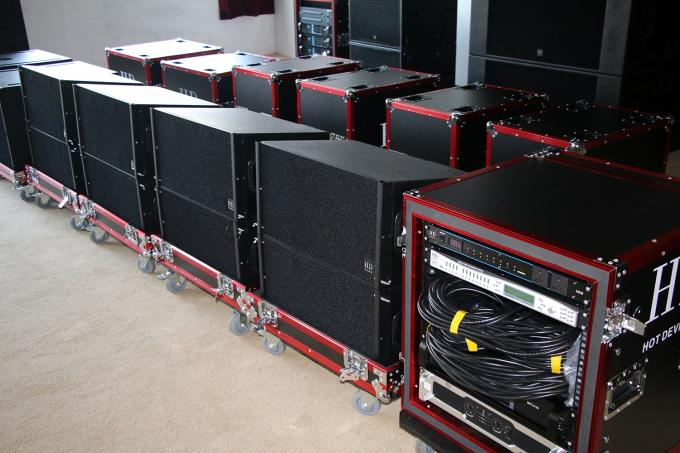 "680W Concert Sound Equipment , Full Range Line Array Speaker With1.4""+2x10"" Neodymium Drivers"